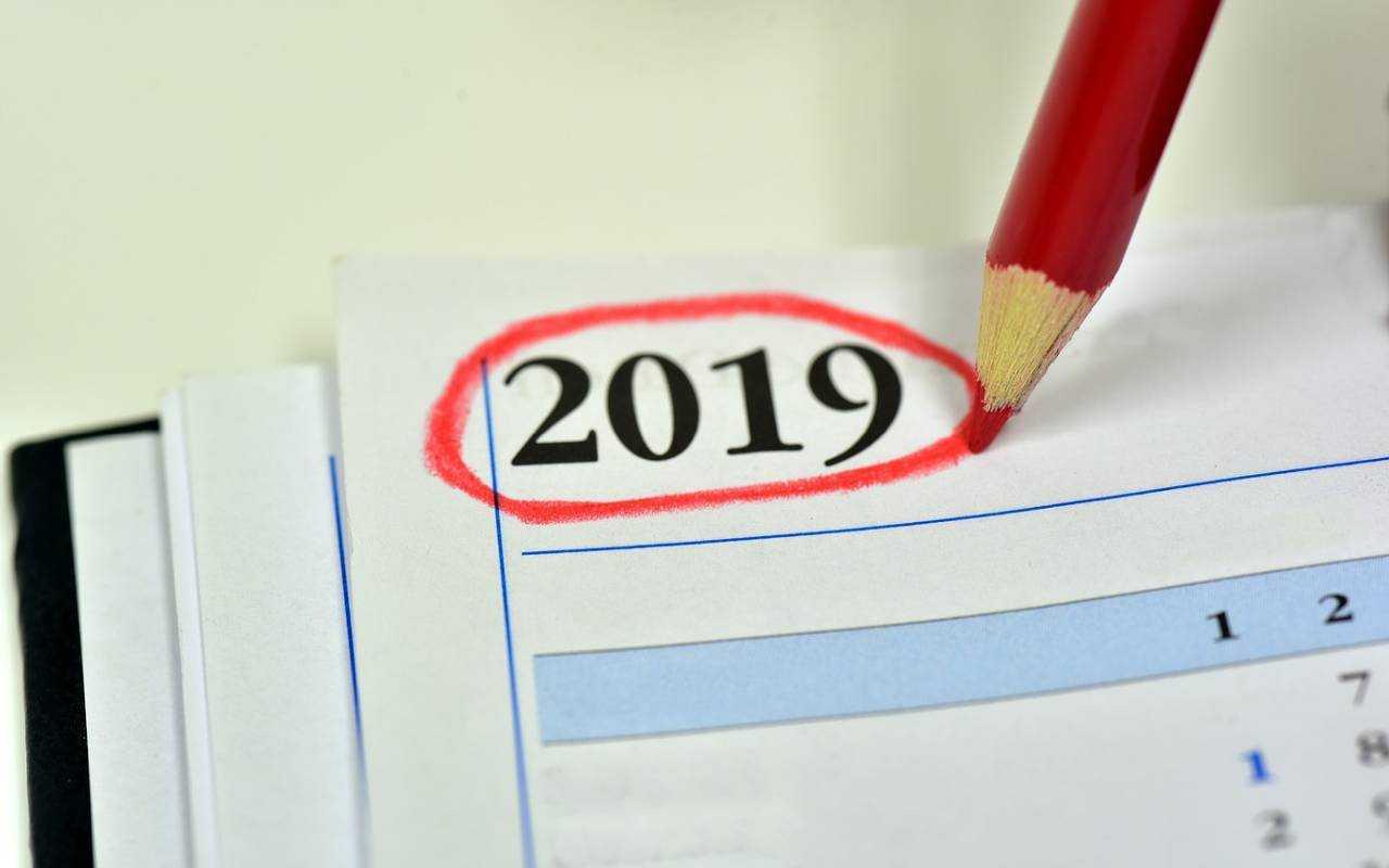 Długie weekendy w 2019 i dni, w których najlepiej wziąć urlop